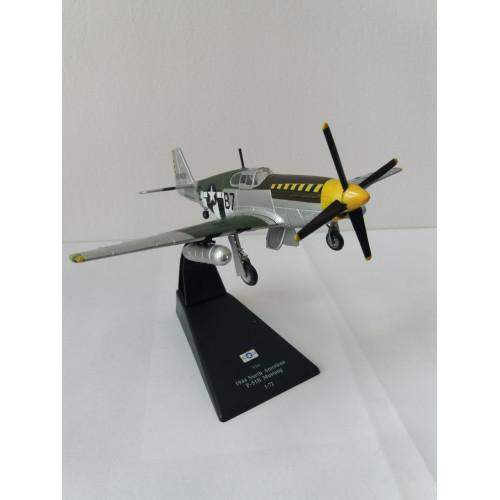 P-51B Mustang die-cast Model 1:72